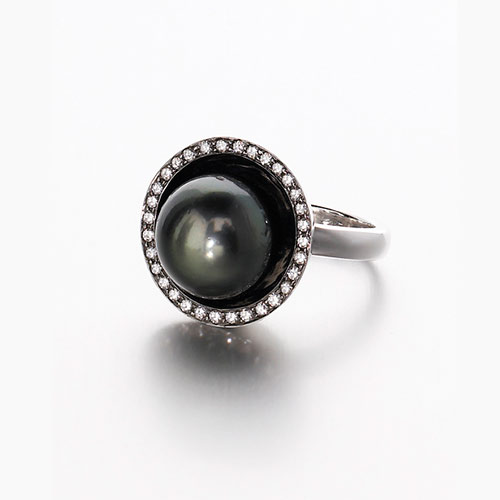 Tahitian-Pearl-and-Diamond-Ring